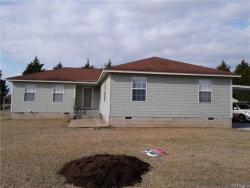 Photo of 552 Carpenter Road, Deatsville, AL 36022 (MLS # 426892)