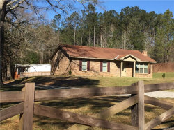 Photo of 2137 County Road 99 Road, Deatsville, AL 36022 (MLS # 428245)