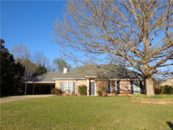 Photo of 10 DEER TRACK Drive, Deatsville, AL 36022 (MLS # 429031)