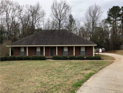 Photo of 64 WHITE OAK Lane, Tallassee, AL 36078 (MLS # 437212)