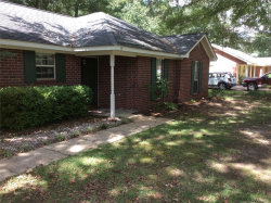 Photo of 19 MEADOW OAK Court, Millbrook, AL 36054 (MLS # 440610)