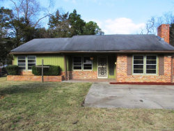 Photo of 337 Tanglewood Drive, Montgomery, AL 36105 (MLS # 445765)