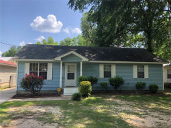 Photo of 339 W 6th Street, Prattville, AL 36067 (MLS # 452686)