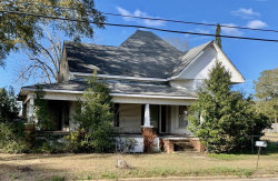 Photo of 610 W Main Street, Hartford, AL 36344 (MLS # 468580)