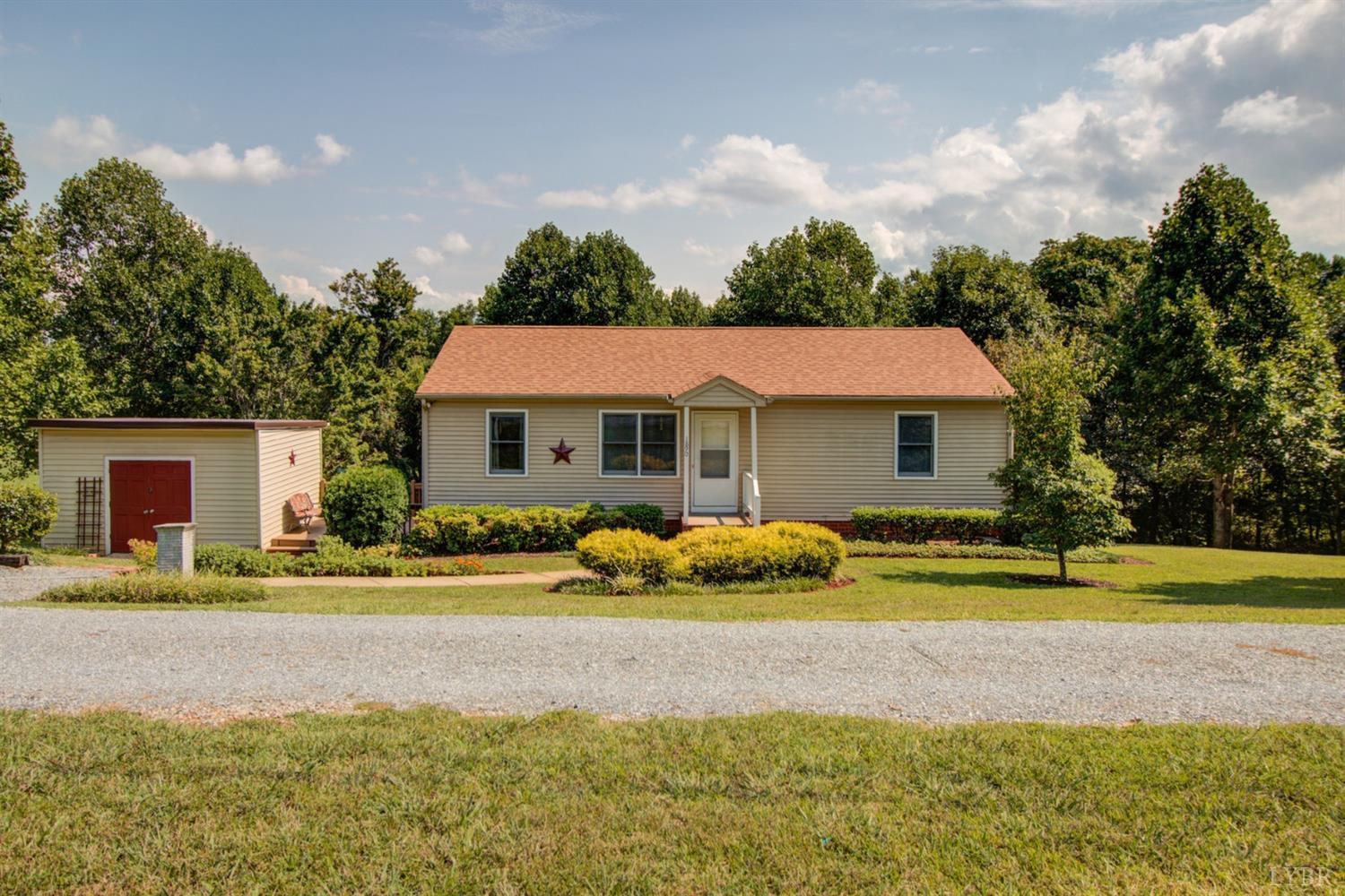 Photo for 1890 Dickerson Mill Road, Bedford, VA 24523 (MLS # 307335)