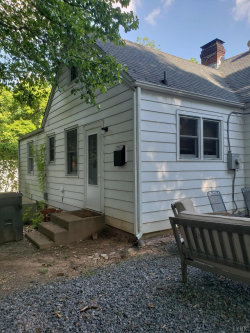 Tiny photo for 1009 Laurel Street, Bedford, VA 24523 (MLS # 312155)