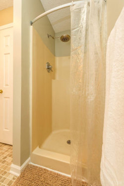 Tiny photo for 1747 Whitfield Dr, Bedford, VA 24523 (MLS # 315509)