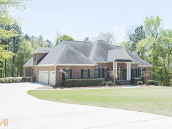 Photo of 1008 Laurel Ridge Dr, McDonough, GA 30252 (MLS # 8544181)
