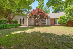 Photo of 210 Weatherly Dr, Fayetteville, GA 30214 (MLS # 8589119)
