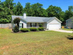 Photo of 358 Royal Oaks, Winder, GA 30680 (MLS # 8591273)