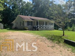 Photo of 388 E Miles Rd, Carrollton, GA 30116 (MLS # 8636875)