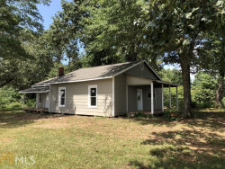 Photo of 869 Old Camp Creek, Cornelia, GA 30531 (MLS # 8648942)