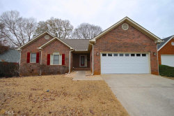 Photo of 210 Carriage Chase, Fayetteville, GA 30214 (MLS # 8703957)