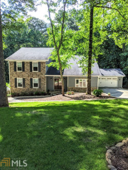 Photo of 305 Whisperwood Drive, Roswell, GA 30075-3221 (MLS # 8762356)
