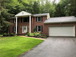 Photo of 101 Tanglewood Drive West, Orchard Park, NY 14127 (MLS # B1108221)