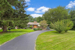 Photo of 125 Girdle Road, Aurora, NY 14052 (MLS # B1140490)