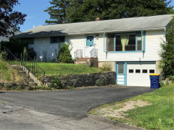 Photo of 305 Mansfield Drive, Camillus, NY 13031 (MLS # S1217278)