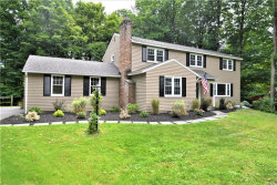 Photo of 136 Fireside Lane, Camillus, NY 13031 (MLS # S1217517)