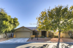 Photo of 5547 GOLDEN LEAF Avenue, Las Vegas, NV 89122 (MLS # 1949226)