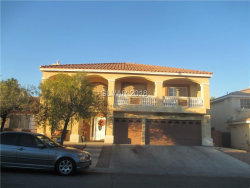 Photo of 6648 CHIMES TOWER Avenue, Las Vegas, NV 89139 (MLS # 2054084)
