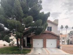 Photo of 2822 QUEENS COURTYARD Drive, Las Vegas, NV 89109 (MLS # 2058677)