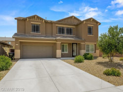 Photo of 1121 BARRON CREEK Avenue, North Las Vegas, NV 89081 (MLS # 2127272)