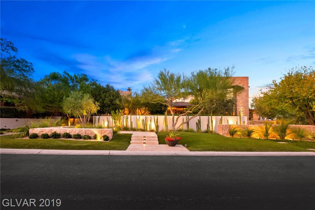 Photo for 10 PROMONTORY RIDGE Drive, Las Vegas, NV 89135 (MLS # 2142998)