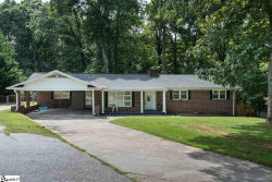 Photo of 122 Holly Drive, Spartanburg, SC 29301 (MLS # 1397362)