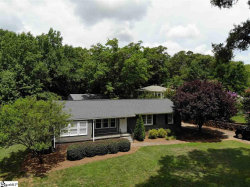 Photo of 109 Lakeview Drive, Greenville, SC 29617 (MLS # 1397425)