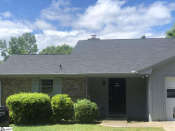 Photo of 4006 Pebblebrook Court, Spartanburg, SC 29301 (MLS # 1401487)