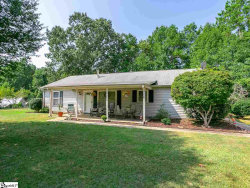 Photo of 291 Eastlake Drive, Spartanburg, SC 29302 (MLS # 1401920)