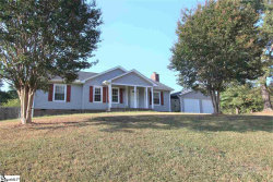 Photo of 2 Crowndale Drive, Taylors, SC 29687 (MLS # 1402374)