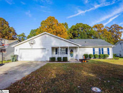 Photo of 524 Country Gardens Drive, Fountain Inn, SC 29644-3401 (MLS # 1406031)