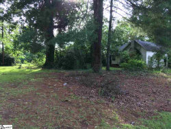 Photo of 163 Quinn Road, Wellford, SC 29385 (MLS # 1390541)