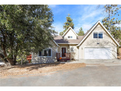 Photo of 27623 St Bernard Lane, Lake Arrowhead, CA 92352 (MLS # CV17272038)