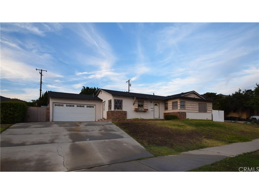 Photo for 1315 E Bennett Avenue, Glendora, CA 91741 (MLS # CV18275470)