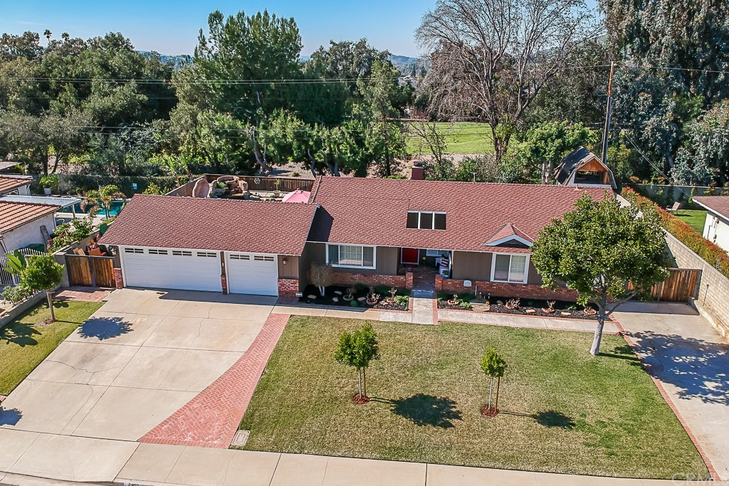 Photo for 4819 Chamber Avenue, La Verne, CA 91750 (MLS # CV19032205)