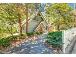 Photo of 1388 Sequoia Drive, Lake Arrowhead, CA 92352 (MLS # EV17178530)
