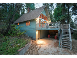Photo of 230 Crest Circle, Lake Arrowhead, CA 92352 (MLS # EV17263261)