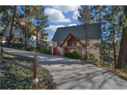Photo of 725 Sonoma Drive, Lake Arrowhead, CA 92352 (MLS # EV17264606)