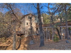 Photo of 1044 Sandalwood Drive, Lake Arrowhead, CA 92352 (MLS # EV17265610)