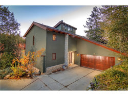 Photo of 28646 Brigadoon Court, Lake Arrowhead, CA 92352 (MLS # EV17268310)