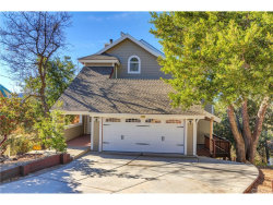 Photo of 1220 Acadia Drive, Lake Arrowhead, CA 92352 (MLS # EV17272508)