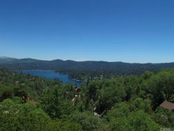 Photo of 1161 Nadelhorn Drive, Lake Arrowhead, CA 92352 (MLS # EV18041170)