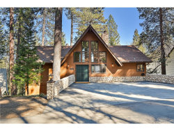 Photo of 27382 North Bay Road, Lake Arrowhead, CA 92352 (MLS # EV18042735)