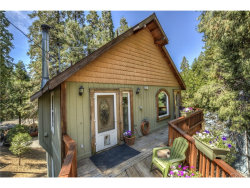 Photo of 852 Arbula Drive, Crestline, CA 92325 (MLS # EV18173811)