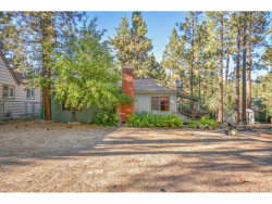 Photo of 313 E Mojave Boulevard, Big Bear, CA 92314 (MLS # EV18230392)