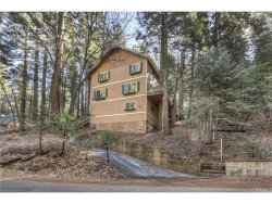 Photo of 27875 Rainbow Drive, Lake Arrowhead, CA 92352 (MLS # EV18281695)