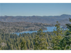 Photo of 237 Shasta Drive, Lake Arrowhead, CA 92352 (MLS # EV19063698)
