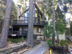 Photo of 28371 Altamont Court, Lake Arrowhead, CA 92352 (MLS # IG18281355)